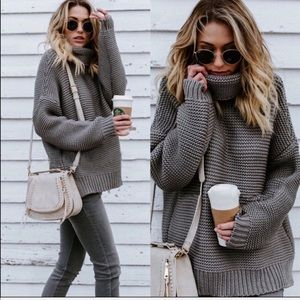 Sweaters - Chunky Knit GRAY Turtleneck Long Sleeve sweater